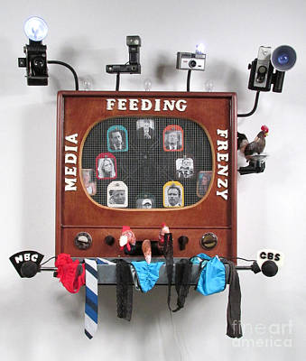 Czappa Sculpture - Media Feeding Frenzy by Bill Czappa