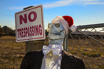 Skull Photograph - Merry Christmas by Garry Gay