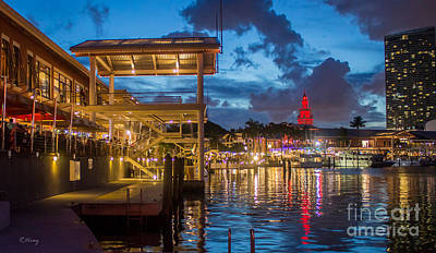 Miami Bayside Freedom Tower Print by Rene Triay Photography