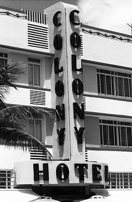 Miami Beach - Art Deco 17 Print by Frank Romeo