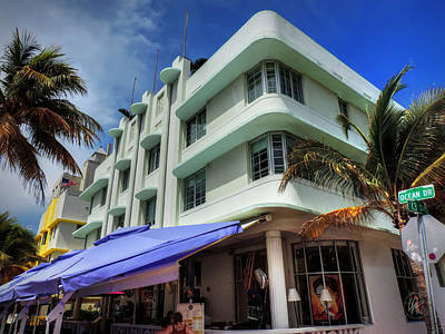 Hotel Photograph - Miami - Deco District 007 by Lance Vaughn