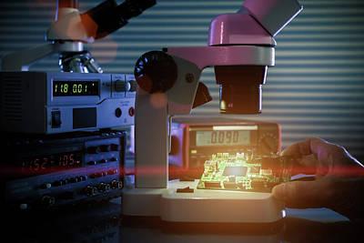 Microelectronic Device Print by Wladimir Bulgar
