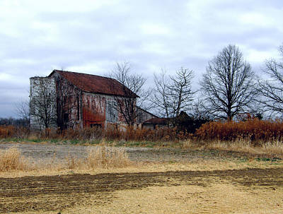 Red Barn In Winter Photograph - Midwest Barn On A Cloudy Day by Joanne Beebe