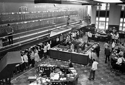 Finance Photograph - Midwest Stock Exchange by Underwood Archives