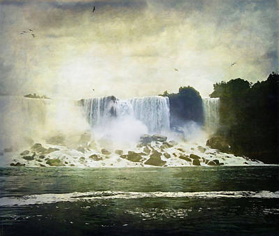 Rock The World Digital Art - Mighty Niagara by Lianne Schneider