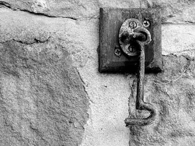 Latch Hook Photograph - Minera Latch by Brainwave Pictures