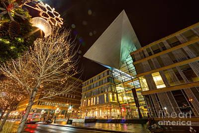 Minneapolis Skyline Photograph - Minneapolis Skyline Photography Central Library by Wayne Moran