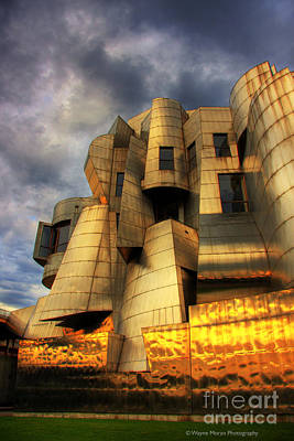 University Of Minnesota Photograph - Minneapolis Skyline Photography Weisman Museum by Wayne Moran