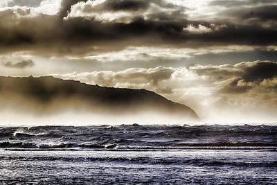 Haleiwa Photograph - Misty Seas by Douglas Barnard