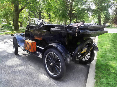 Rack Photograph - Model T With Luggage Rack by Susan Savad