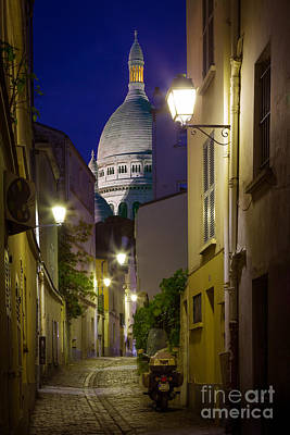 Night Lamp Photograph - Montmartre Street And Sacre Coeur by Inge Johnsson