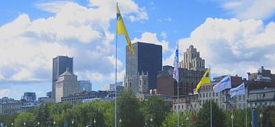 Montreal Cityscapes Photograph - Montreal Skyline by Ann Powell