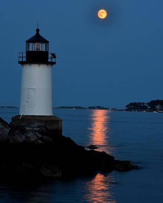 New England Lighthouse Digital Art - Moon Over Winter Island Salem Ma by Toby McGuire
