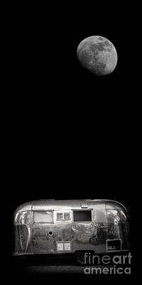 Moonrise Over Airstream Phone Case Print by Edward Fielding