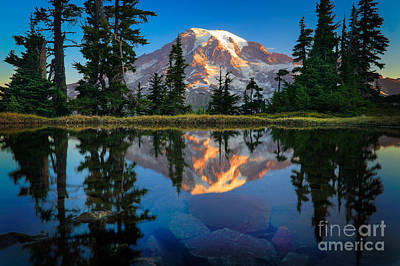 Mount Rainier From Tatoosh Range Print by Inge Johnsson