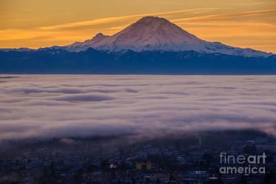 Seattle Skyline Photograph - Mount Rainier Sunrise Mood by Mike Reid