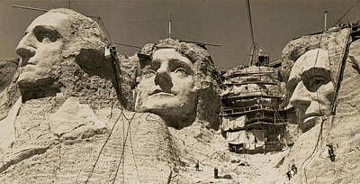 Mount Rushmore Photograph - Mount Rushmore Construction by Underwood Archives