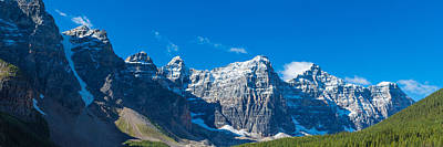Moraine Lake Photograph - Mountains Over Moraine Lake In Banff by Panoramic Images