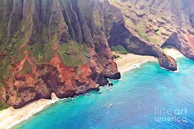Na Pali Coast Print by Scott Pellegrin