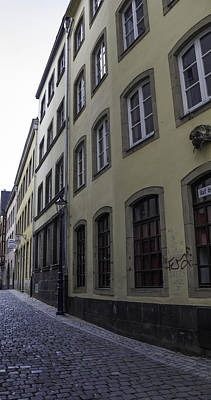 Three Little Kittens Designs Photograph - Narrow Alley In Cologne by Teresa Mucha