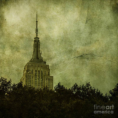 Empire State Photograph - Needle Point by Andrew Paranavitana