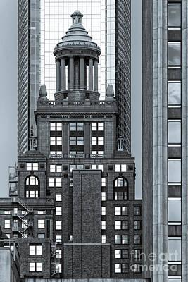 Neils Esperson Building In Downtown Houston - Texas Print by Silvio Ligutti
