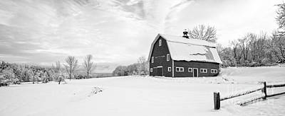 Classic New England Barns Photograph - New England Farm Winter Black And White by Edward Fielding