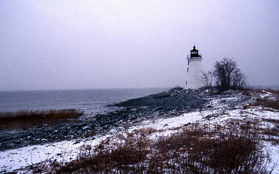 Of Lighthouses Photograph - New Haven Harbor Lighthouse by Skip Willits