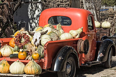 New To Vintage Photograph - New Mexico Fall Harvest Truck by Steven Bateson