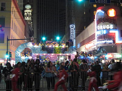 Parade Photograph - New Orleans - Mardi Gras Parades - 121242 by DC Photographer