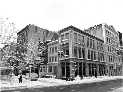 Blck Photograph - New York City Winter - Snow In Soho by Vivienne Gucwa