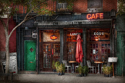 New York - Store - Greenwich Village - Sweet Life Cafe Print by Mike Savad