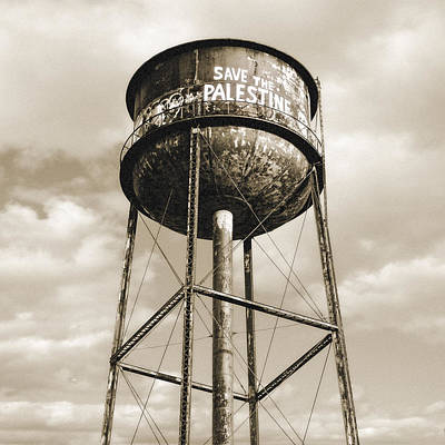 New York Water Towers 11 - Greenpoint Brooklyn Print by Gary Heller