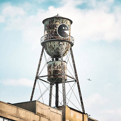 Industrial Photograph - New York Water Towers 9 - Bed Stuy Brooklyn by Gary Heller