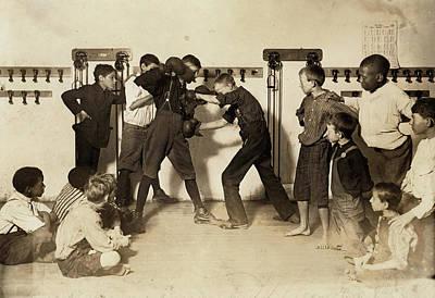 Boys Boxing Photograph - Newsboys Boxing, 1908 by Granger