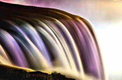 Niagra Falls Photograph - Niagara Falls - Image 1300-01 by Larry Jost