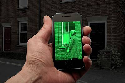Night Vision Using Mobile Phone Print by Victor De Schwanberg