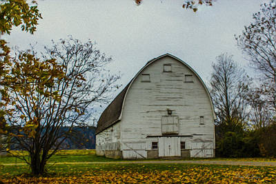 Barn Painting - Nisqually Barn by Barry Jones