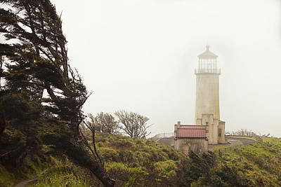 North Head Lighthouse Print by Andrew Soundarajan