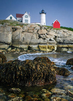 Nubble Lighthouse At Low Tide Print by Scott Thorp