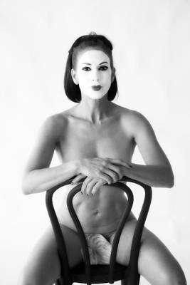 Nude Photograph - Nude In Chair With Leaf by Hugh Smith