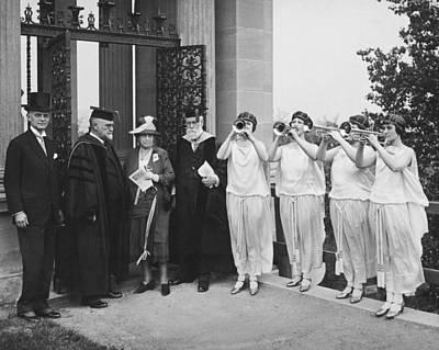Gloria Photograph - Nyu Dedication by Underwood Archives