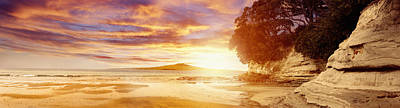 Evening Scenes Photograph - Nz Sunlight by Les Cunliffe