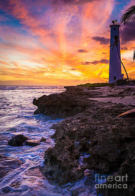Oahu Lighthouse Print by Inge Johnsson