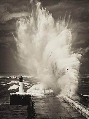 Ocean Motion Print by Andrew  Hewett