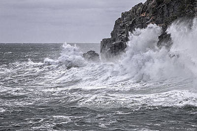 Quoddy Photograph - Ocean Surge At Gulliver's by Marty Saccone