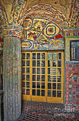 Mansion Photograph - October At Fonthill Castle by Susan Candelario