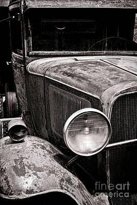 Antique Automobiles Photograph - Ol' Trucky by Olivier Le Queinec