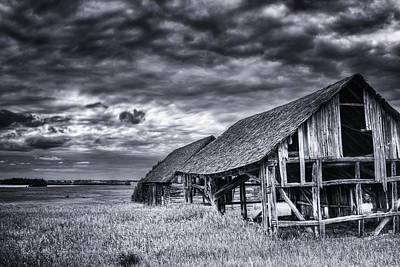Old Barn Print by Ian MacDonald