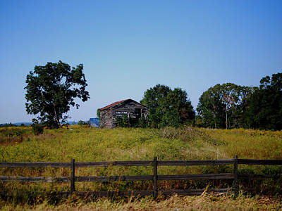 Old House Photograph - Old Country Barn by Maggy Marsh